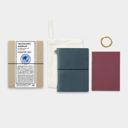 Traveler's Notebook Passport Size - Blue