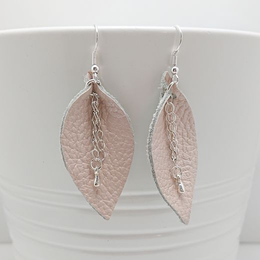 Pearly White Leaf